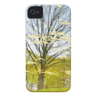 Abstrakter Baum im Herbst iPhone 4 Hüllen