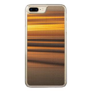 Abstrakter Meerblick am Sonnenuntergang, CA Carved iPhone 8 Plus/7 Plus Hülle