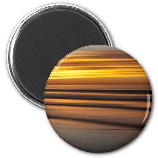 Abstrakter Meerblick am Sonnenuntergang, CA Runder Magnet 5,1 Cm