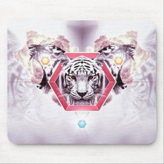 Abstrakter Tiger im geometrischen Hexagon Mousepads