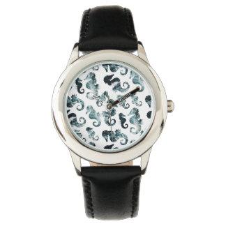 Abstraktes Aqua-Seepferdmuster Uhr