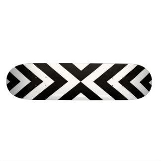 Abstraktes geometrisches Muster - Schwarzweiss. 20,1 Cm Skateboard Deck