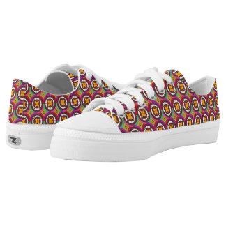 Abstraktes geometrisches retro nahtloses Muster Niedrig-geschnittene Sneaker