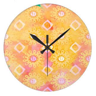Abstraktes Hintergrund-Gelbweißer u. rosa Große Wanduhr