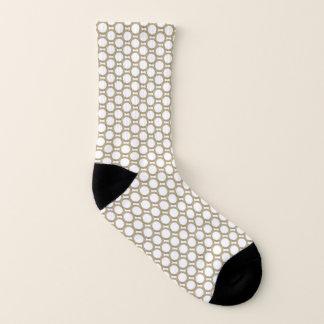 Abstraktes Kreis-Druck-Gold und weiße Socken