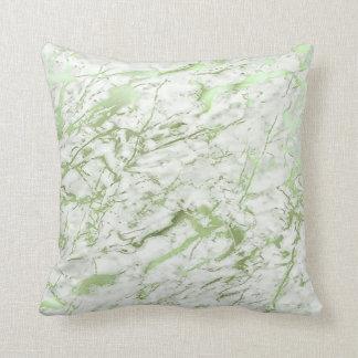 Abstraktes tadelloses grünes Grün-weißer Kissen