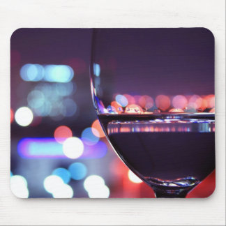 Abstraktes Wein-Glas Mauspad