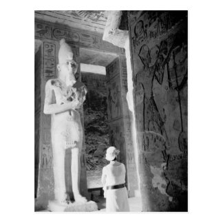Abu Simbel Ägypten, Tourist innerhalb des Tempels Postkarte