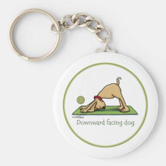 Abwärtsgerichteter Hund - Yoga keychain Standard Runder Schlüsselanhänger