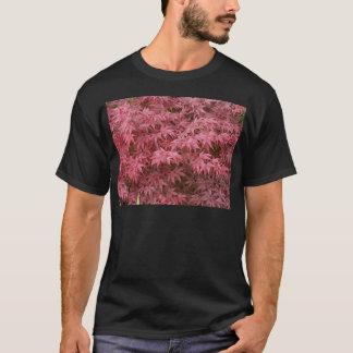 Acer palmatum Blätter T-Shirt