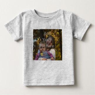 Addieren Sie Ihr eigenes Foto-Baby-T-Shirt Baby T-shirt