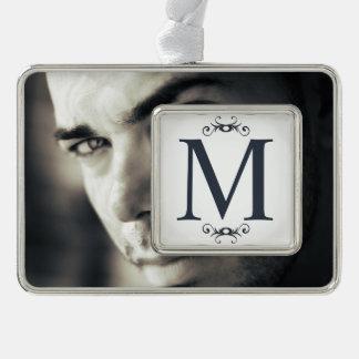 Addieren Sie Ihr eigenes Foto + Monogramm Rahmen-Ornament Silber