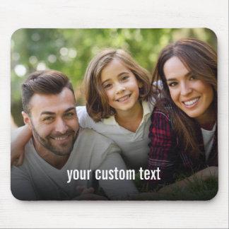 Addieren Sie Ihr persönliches Foto und Text oder Mousepad