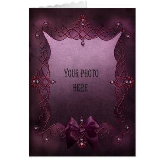 Addieren Sie Ihren romantischen lila gotischen Karte