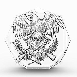 Adler-Schädel-Angriffs-Gewehr-Zeichnen Auszeichnung