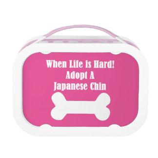 Adoptieren Sie einen japanischen Chin Brotdose