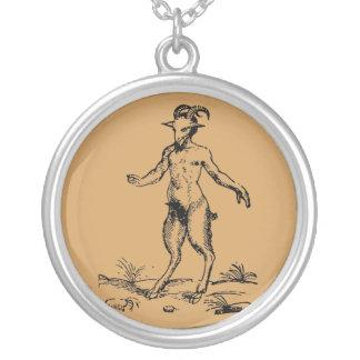 Aegopithecus, Pan, Devil Versilberte Kette