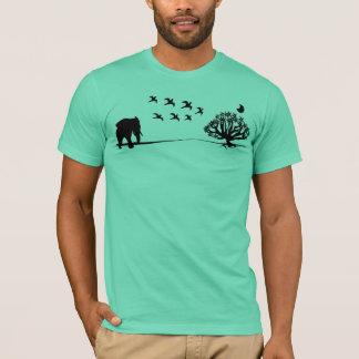Afrika-Elefant-Vogel-und Baum-Afrika-Landschaft T-Shirt