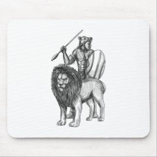 Afrikanische Kriegers-Stangen-Löwe-Tätowierung Mousepads