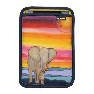Afrikanischer Elefant am Sonnenuntergang Sleeve Für iPad Mini