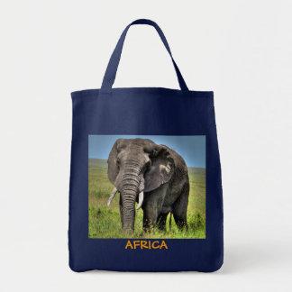 Afrikanischer Elefant-u. Savanne-Gräser Tragetasche