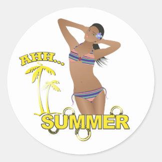 Ahh Sommer-Strand-Bikini-Mädchen Runder Aufkleber
