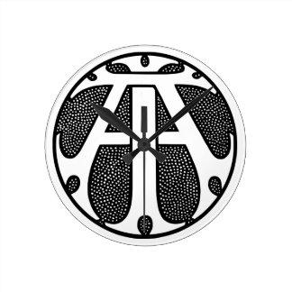 Ai-Münzen-Monogramm in den gotischen Buchstaben Runde Wanduhr