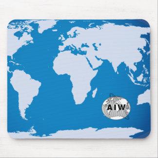 AIW Logo auf der Weltkarte, rechteckig Mousepad