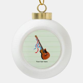 Akustische Bass-Gitarre, rote weiße und blaue Keramik Kugel-Ornament