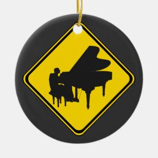 Alarm: Klavier-Spieler voran! Keramik Ornament