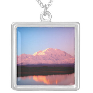 Alaska, Denali Nationalpark, der Mount McKinley an Versilberte Kette