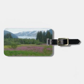 Alaska, Mendenhall Gletscher u. Wildblumen Kofferanhänger