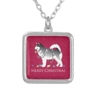 Alaskischer Malamute-Hundefrohe Weihnacht-Entwurf Versilberte Kette