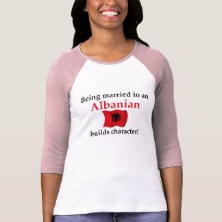Albaner errichtet Charakter Tshirt