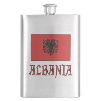 Albanien-Flagge andWord Flachmann