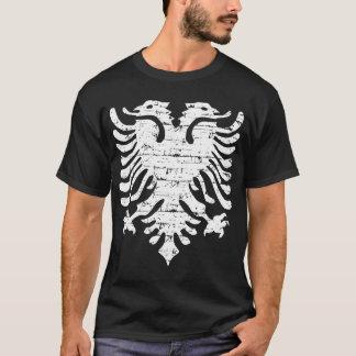 Albanische Flagge beunruhigter Entwurf T-Shirt