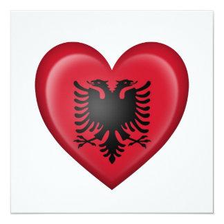 Albanische Herz-Flagge auf Weiß Ankündigung