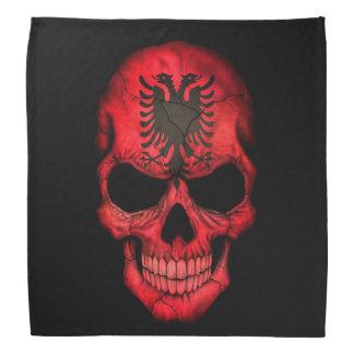 Albanischer Flaggen-Schädel auf Schwarzem Kopftuch