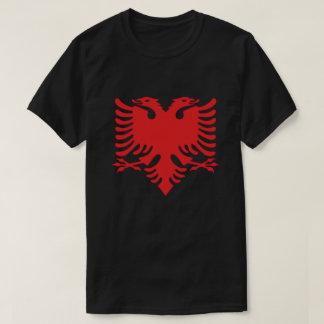 Albanisches Flaggen-Doppeltes ging Eagle im Rot T-Shirt