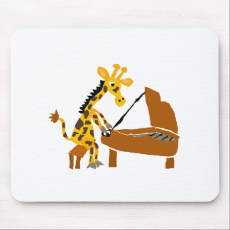 Alberne Giraffe, die das Klavier spielt Mousepads