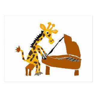 Alberne Giraffe, die das Klavier spielt Postkarte