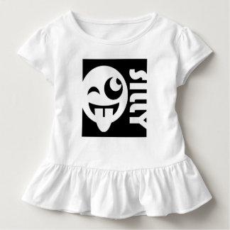 Albernes quadratisches Emoji stellen gegenüber Kleinkind T-shirt