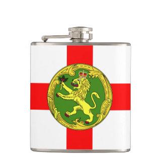 Alderney Flagge Guernsey-Symbol Briten Flachmann