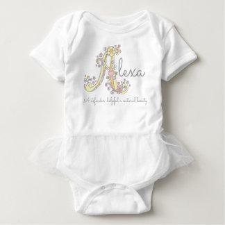 Alexa Mädchennamensbedeutungs-Monogrammherzen Baby Strampler