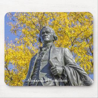 Alexander Hamilton-Statue Mousepad