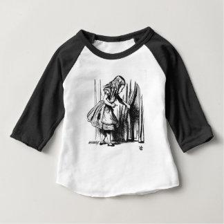 Alice findet eine Tür Baby T-shirt