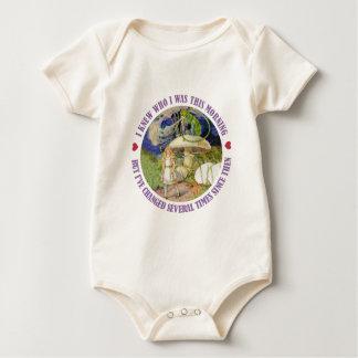Alice im Wunderland - ich wusste, wem ich dieses Baby Strampler