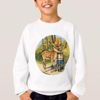Alice im Wunderland mit einem jungen Rotwild Sweatshirt