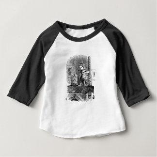 Alice in einem Spiegel Baby T-shirt