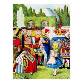 Alice trifft die Königin der Herzen im Märchenland Postkarte